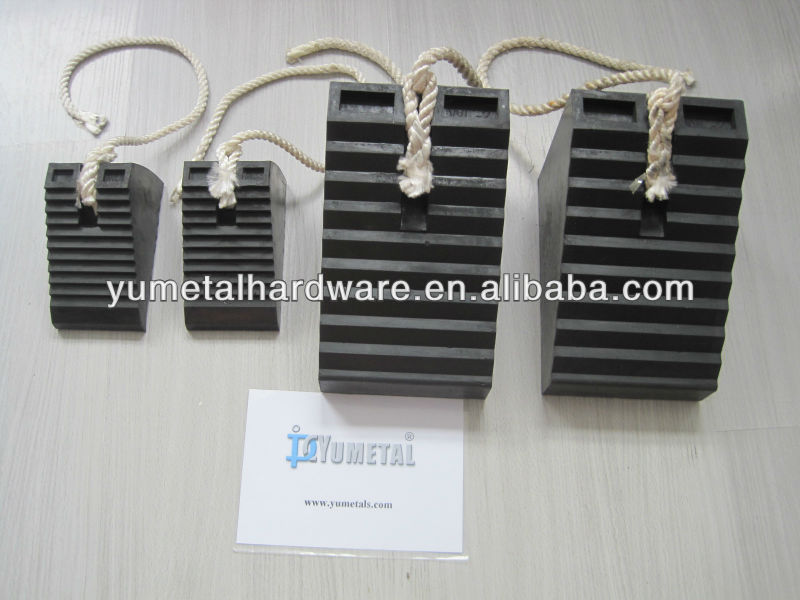 Synthetic rubber truck wheel chocks