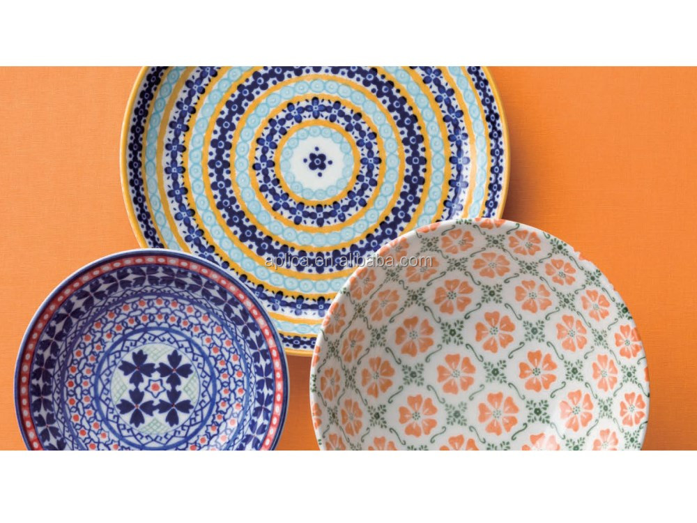 CUSTOM PORCELAIN DINNER PLATES