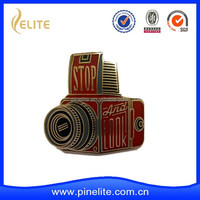 custom made cheap camera shaped lapel pin with hard enamel and plating gold