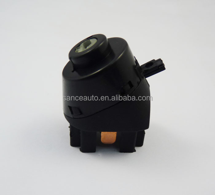 357905865A Fits VW Cabrio Jetta Golf Passat Corrado Starter Ignition Switch