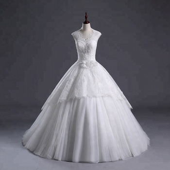 Robe De Mariage Princes 2018 wedding gowns designs Elegant Strapless Lace Applique A line Floor length ball gown wedding dress
