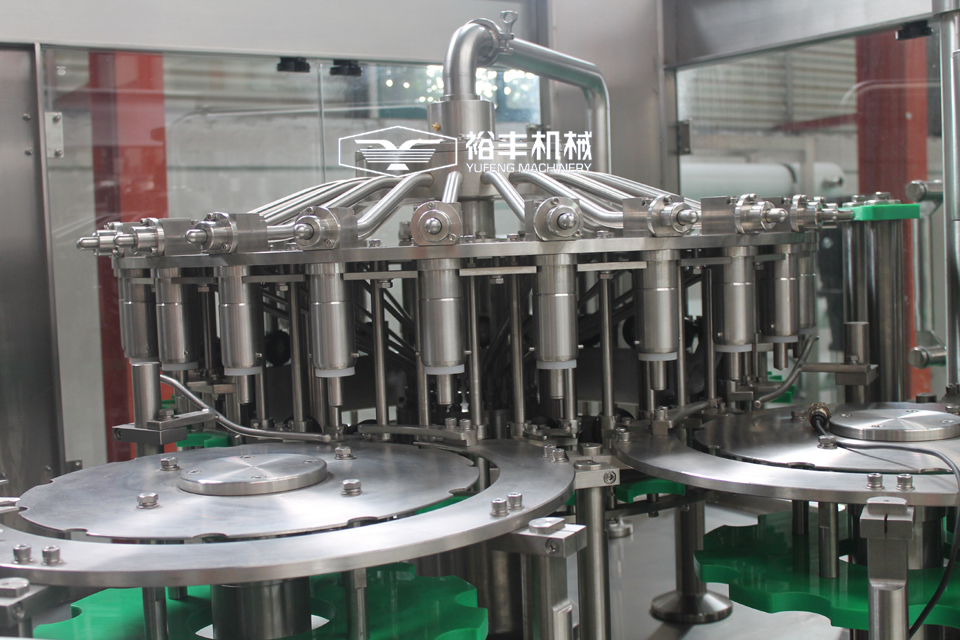 Automatic Red bull energy drink filling machine / juice filling machine / equipment