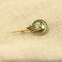 Free shipping 2015 New Fashion Hand Game of Thrones Brooches gold color Unisex Movie Jewelry B-51