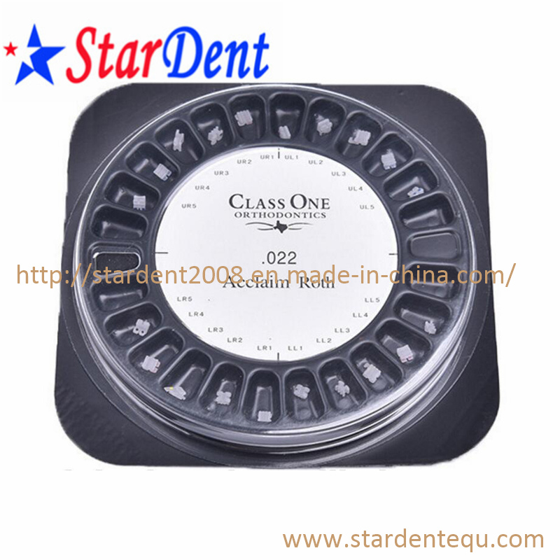 Dental Orthodontic Materials Ceramic Brackets Class One Mbt. 022 Slot 3 with Hooks