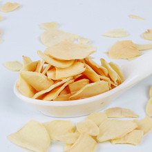Non-pollution organic natural dehydrated Shandong garlic flakes for sale