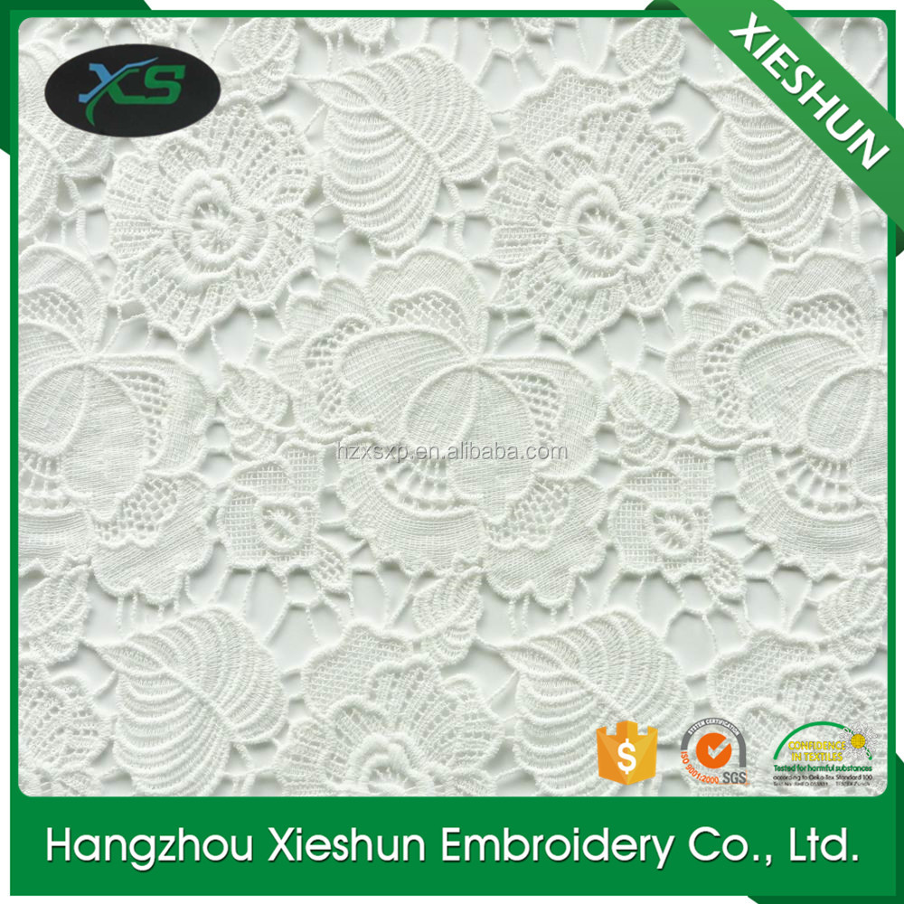 New raschel embroidery water-soluble lace fabric