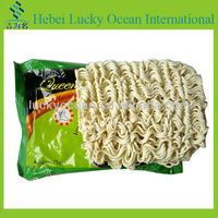 fast instant noodles in chicken flavor