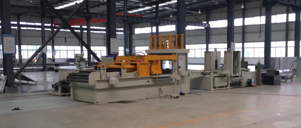 Hot sale 2015 HAOSHUO roofing roll forming machine corrugated fin forming machine