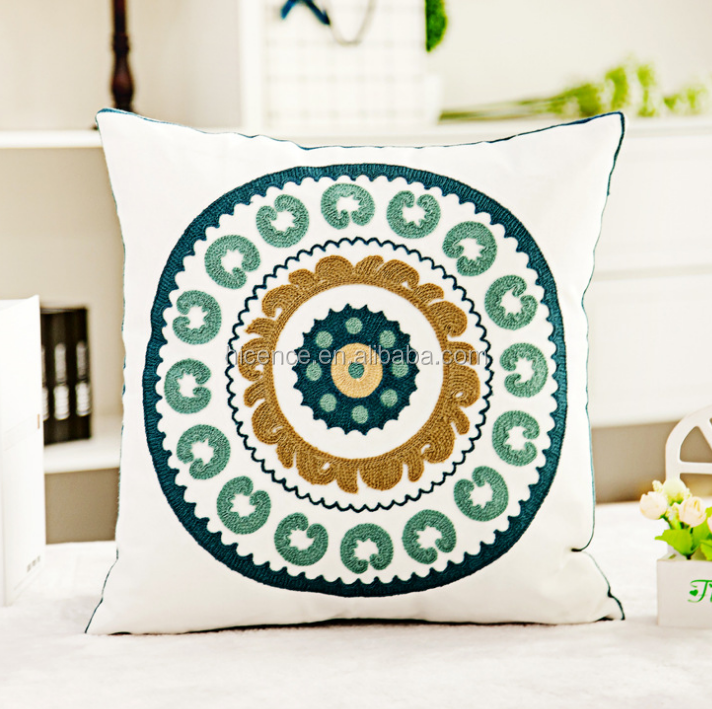 2017 New Embroidery Home Decor Pillow