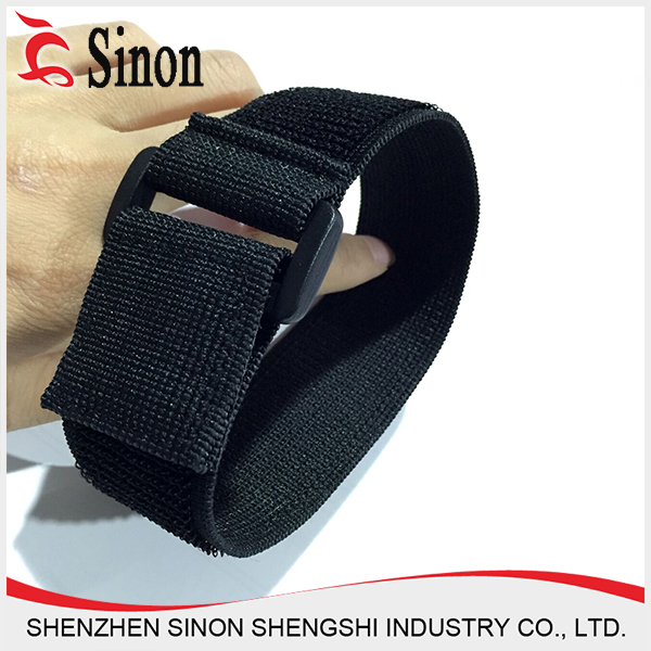 chinese nylon fabric strap tying yonex badminton shoes with elastic and hook and loop closures
