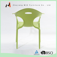 Various color hot selling wholesale plastic bright colored chairs