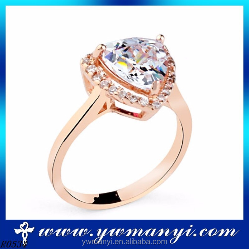 2016 luxury bling jewelry fashion new design crystal custom cheap fashion bling rings wholesale R0534