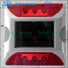 factory plastic Embedded led solar road stud with 360 flashing
