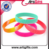 Wholesale cheap girls friendship silicon bracelets
