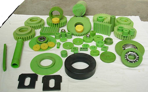 customize plastic injection molding service