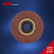 Flap disc with 40 grit aluminum oxide polishing wheel
