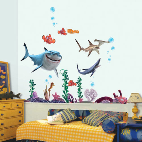 2016 New Under Seabed Wall Sticker Shark Fish 3D NEMO Cartoon Waterproof Vinyl Wall Decals Removable Bathroom Nursery Kids Room