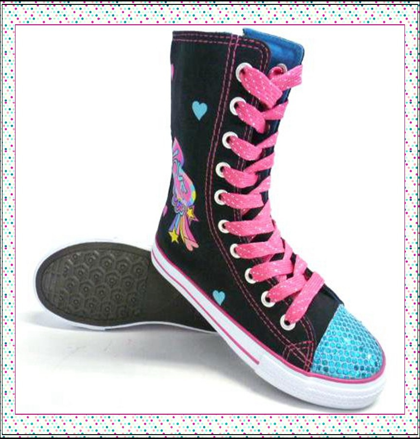 Latest Nice Design China Made High Cut Kids Canvas Shoes For Young Girls