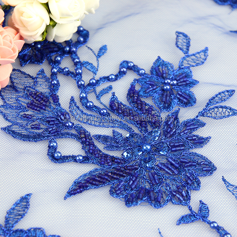 China Manufacturer Wholesale High Quality White Hand Beaded Lace Fabric European Lace Fabric