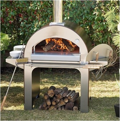 Hyxion Wood fired pizza oven