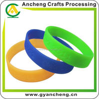 top quality hot new silicone bracelet/ top quality silicone wristband for fashion accessory