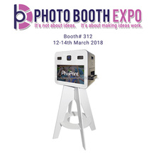 China Manufacturer photo booth for 2*6 strip photos and green background with picture sharing features to social media