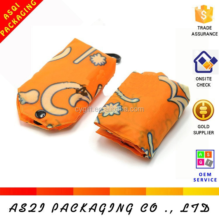 folding recyclable promotional portable non woven fabric t shirt bag with full flowers printing