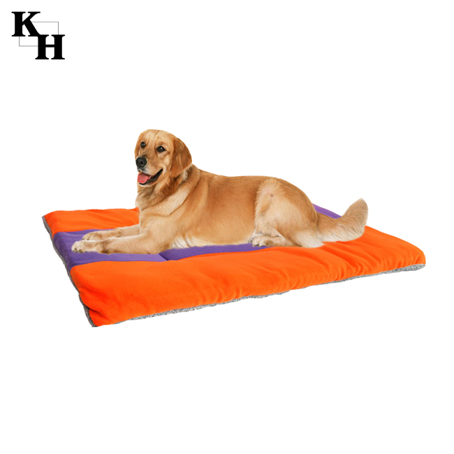 Soft couch style feeding mat luxury pet beds