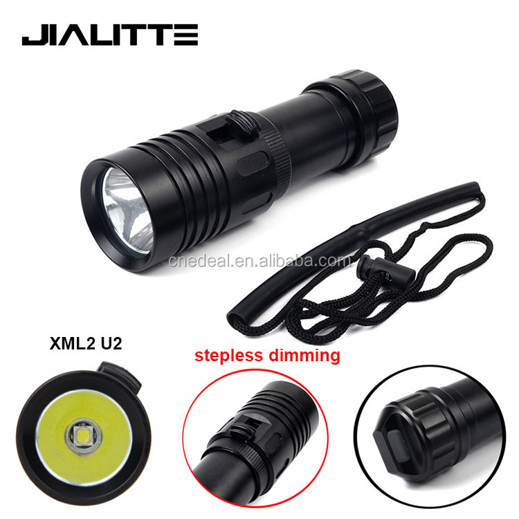 Jialitte F122 Hot Military Aluminum Rechargeable Zoom XML2 <strong>U2</strong> <strong>LED</strong> Diving Flashlight Underwater 20M Diving Torch Stepless Dimming