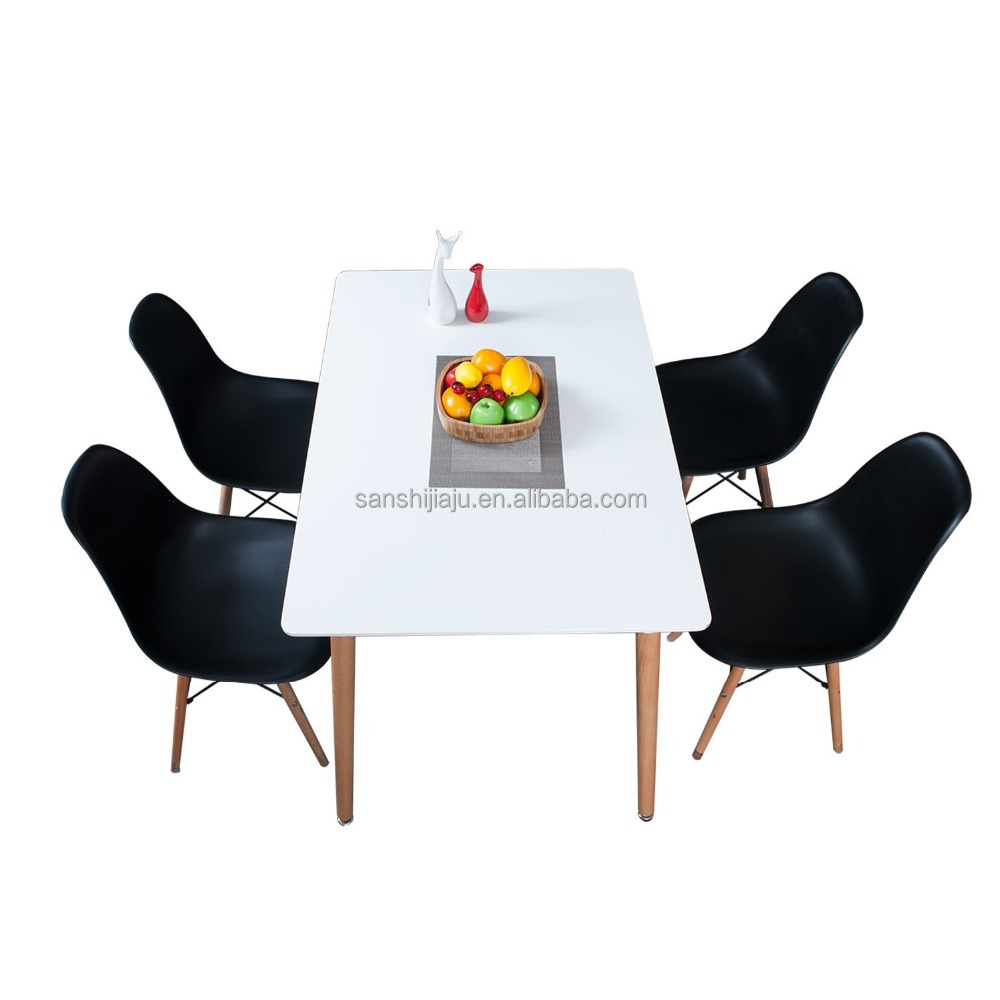 Wholesale cheap square white E1 board MDF top solid wood leg dining table
