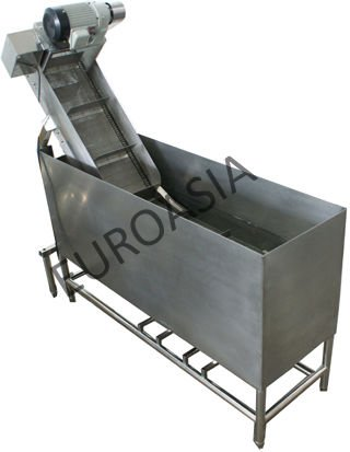 CHICKEN BOILER WITH CONVEYOR