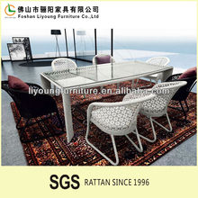 Italian style elegant black and white color restaurant chairs and tables , excellent quality and eco-friendly modern dining set