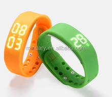 hot seller W2 high quality 3D sport Silicone wrist smart watch with Calorie and Pedometer