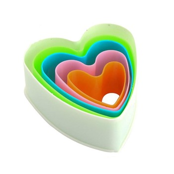Hot selling 3D bakeware cookie tools set colorful plastic heart cookie cutter