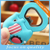 high quality customized 3d micro injection rubber pvc bespoken beer cap lifter