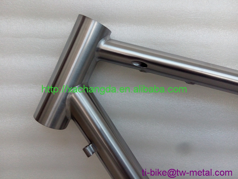 Custom titanium bicycle frame road Cheap titanium bike road frame with breakaway design XACD titanium Road bicycle frame