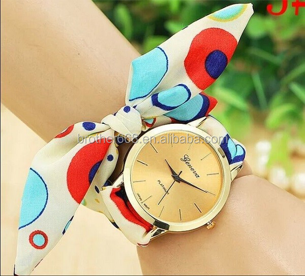 Customized ribbon band fashion promotional quartz silicone wrist watch