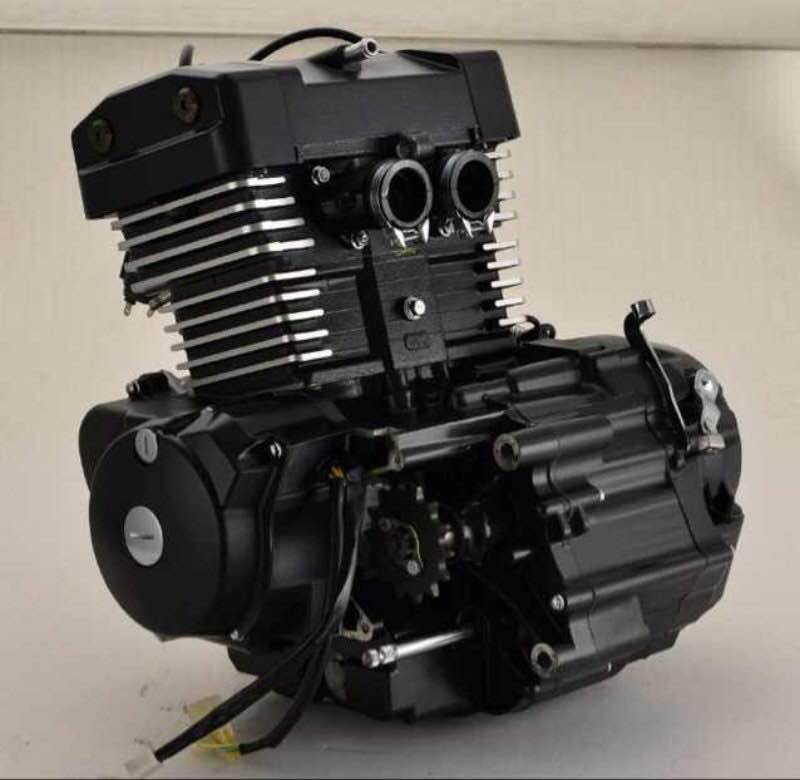 Two cylinder Four stroke water cooled motorcycle motorbike engine