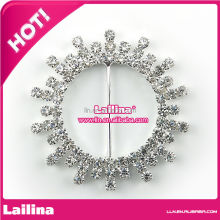 New Design wedding chair brooch sash rhinestone ribbon buckle