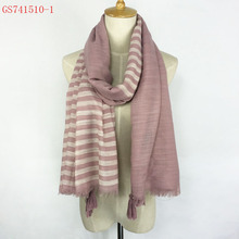 Very beautiful 100% Viscose Autumn Winter thik material tassels scarf wholesale