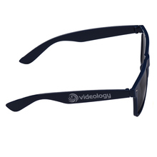 Free Sample Fast Delivery Factory Price plastic sunglasses / custom sunglasses