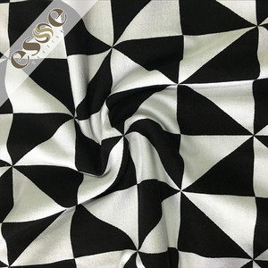Custom manufacturer wholesale printed cotton black white striped fabric for dress women