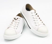 white low-cut microfiber leather safety shoes with ce standard