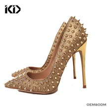 China Women Footwear Factory Wholesale Gold Rivets High Heels Pointy Toe Pump Women Shoes