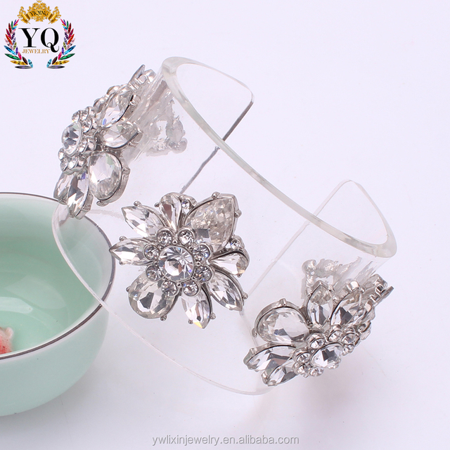 BLX-00428 clear resin bangle plastic bangle bracelet with crystal and rhinestone flower cuff open bangle adjustable