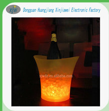 Bar beer/wine/champagne LED Ice Bucket round plastic ice bucket luminous ice pail ice cooler