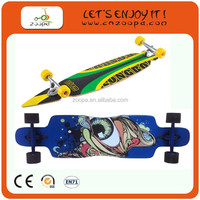 Zoopa 2013 New Design Christmas gift canadian maple skateboard with LED light