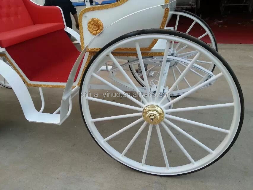 Yizhinuo Luxury tourism horse carriage sightseeing horse drawn carriage for sale