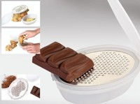 S/S+PP 9.5*6.5*2.5 High quality kitchen multifunctional manual fruit&vegetable grater/chocolate grate/cheese grater