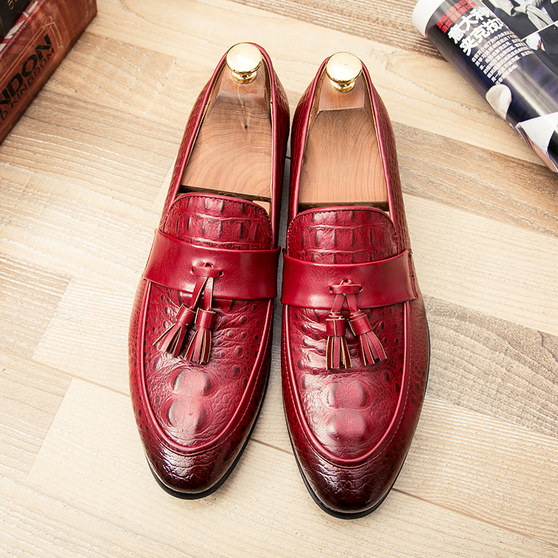 men winter italian fashion snake skin brogue leather oxford tassel slip on pointed toe shoes designer male formal cool footwear  (40)